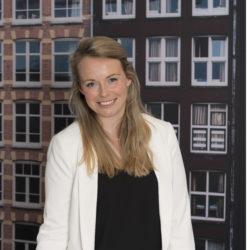 Esther Bakker